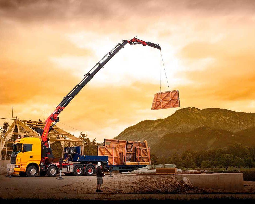 Need A Heavy Lift? A Heavy-Duty Crane May Be The Answer