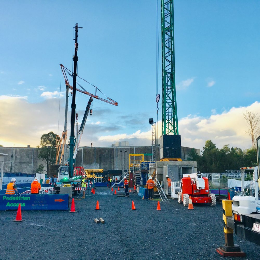 Everything You Should Know About Self-Erecting Cranes